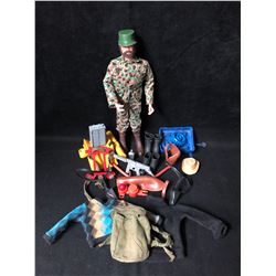 1970S GI JOE ACTION FIGURE WITH LOTS OF ACCESSORIES