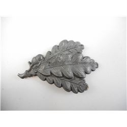 GERMAN WWII JAGER METAL CAP BADGE