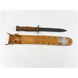 REPRODUCTION OF A WWII U.S. M3 TRENCH KNIFE
