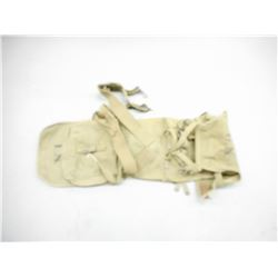 WWII U.S. MILITARY PACK WITH COVER