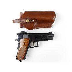 DAISY MODEL 93 POWERLINE BB GUN WITH HOLSTER