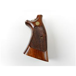 S&W WOODEN HANDGUN GRIP
