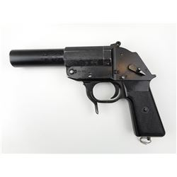 EAST GERMAN  , MODEL: FLARE PISTOL  , CALIBER: 26MM