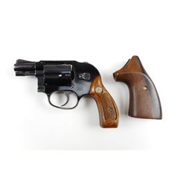 SMITH & WESSON  , MODEL: 38 AIRWEIGHT  , CALIBER: 38 SPL