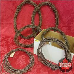 Box Lot - Wreaths (6): Grapevine Wreaths (4) Peavine Wreaths (2)