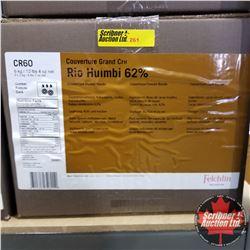 CHOICE OF 2 BOXES: Chocolate - Felchlin : Rio Huimbi 62% Couverture Dark Rondo (1 Box = 6kg)