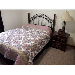 4PC WOODEN AND IRON BEDROOM SET w BEDDING INCLUDED
