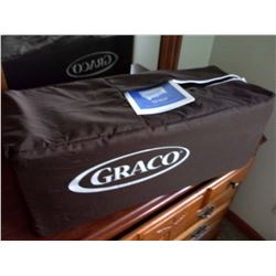 GRACO PACK n PLAY ON THE GO PLAY PEN *NEW IN THE BOX*