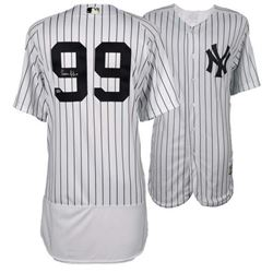 Aaron Judge Signed Authentic Yankees Jersey (Fanatics Hologram)