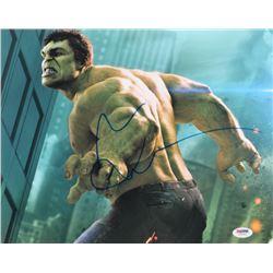 """Mark Ruffalo Signed """"The Hulk"""" 11x14 Photo (PSA COA)"""