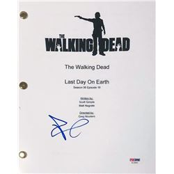 "Andrew Lincoln Signed ""The Walking Dead"" Full Episode Script (PSA COA)"