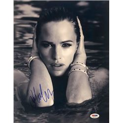 Jennifer Garner Signed 11x14 Photo (PSA COA)