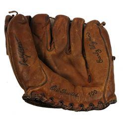 Early Wynn Signed Vintage Baseball Glove (JSA COA)