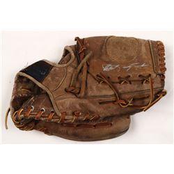 Carl Yastrzemski Signed Vintage Spalding Baseball Glove (JSA COA)
