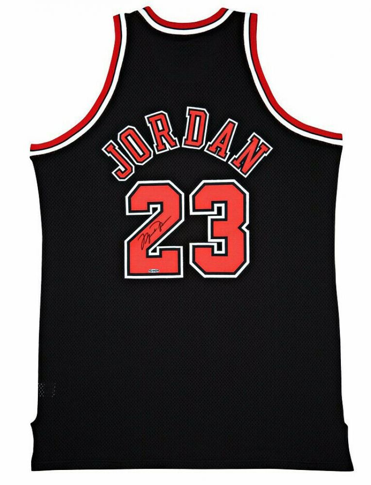 1303499f Image 1 : Michael Jordan Signed Chicago Bulls Authentic Mitchell Ness Black  Alternative Jersey (UDA