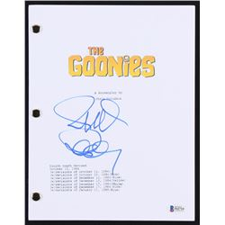 """Richard Donner Signed """"The Goonies"""" Full Movie Script (Beckett COA)"""