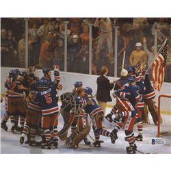 Jim Craig Signed Team USA 8x10 Photo (Beckett COA)