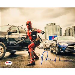 "Ryan Reynolds Signed ""Deadpool"" 8x10 Photo (PSA COA)"