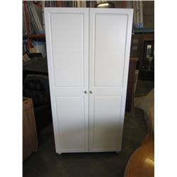 WHITE 6FT CUPBOARD
