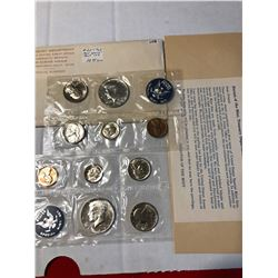 1965 P D US Mint Set Silver Half in Original Package