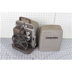 BELL AND HOWELL 8MM PROJECTOR (W/CASE)