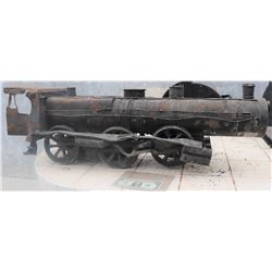 MINIATURE ANTIQUE TRAIN LOCOMOTICE WITH ALL LEAD RUNNING GEAR