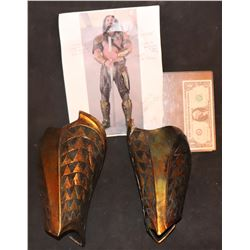 AQUAMAN JUSTICE LEAGUE SCREEN USED GAUNTLETS WITH BTS PHOTO FIBERGLASS