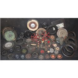 ZZ- ANTIQUE FILMING MINIATURE CAR TRUCK & TRACTOR TIRE & WHEEL HORDE FOR MODELERS & TOY REPAIR