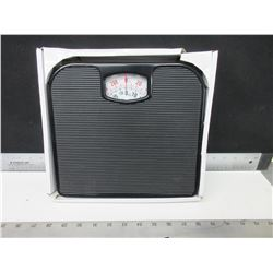 New Mainstays Personal Weigh Scale
