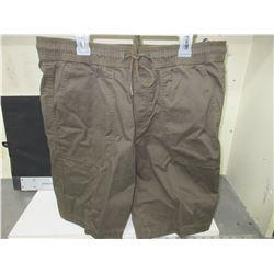 New Men's Jogger Shorts size 32