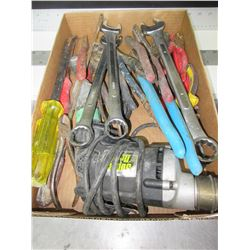 Flat full of Tools / Wrenches / Pliers / Screw Gun and more
