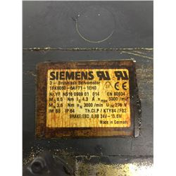 SIEMENS 1FK6060-6AF71-1EH0 3 PHASE MOTOR