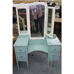 Primitive Ladies' Dressing Unit with 4 Drawers and 3-Way Mirror