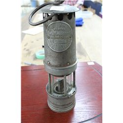 Hailwood Hanging Miner's Oil Safety Lamp (Type 01) - Made in England - 1925