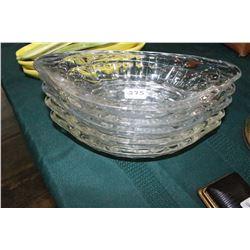 4 Glass Sundae Dishes
