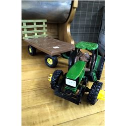 John Deere 7420 Tractor (Plastic) and a Hay Wagon