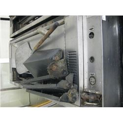 """60"""" GARLAND PIZZA OVEN - CRACKED STONES"""