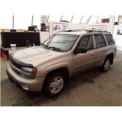 G1 --  2002 CHEVROLET TRAILBLAZER , Grey , 231600  KM's