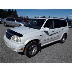 J2 --  2002 SUZUKI XL7 , White , 180866  KM's