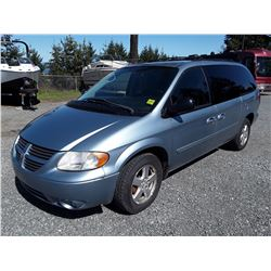 G4 --  2005 DODGE GRAND CARAVAN SXT , Blue , 222656  KM's