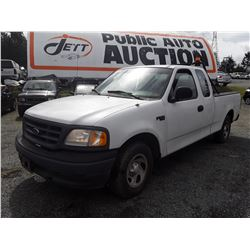 A6 --  2002 FORD F150 , White , 135932  KM's - No Reserve
