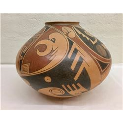 Large Juan Quezada Pottery Jar