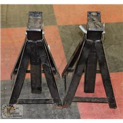 PAIR OF JACK STANDS.