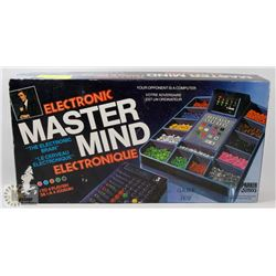 ELECTRONIC MASTER MIND GAME