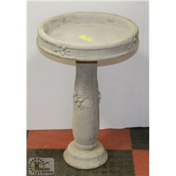 "CONCRETE 2 PIECE BIRD BATH 16"" X 23"""