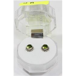 #24-GREEN CZ STUD EARRINGS