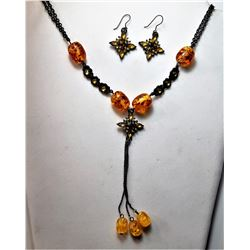 21)  BRONZE CHAIN AMBER & CRYSTAL