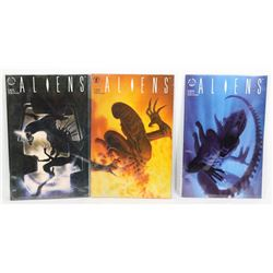 A LOT OF 3 ALIENS COMICS BY DARK HORSE COMICS