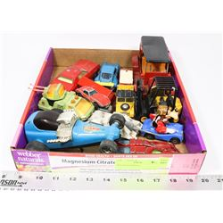 BOX OF COLLECTIBLE CARS INCL HOTWHEELS, MATCHBOX,