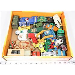 BOX OF COLLECTIBLE VINTAGE CARS INCL DINKY TOYS,